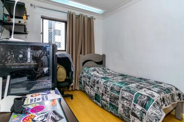 Comprar Apartamento / Padrão em Londrina R$ 390.000,00 - Foto 13