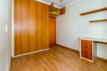 Comprar Apartamento / Padrão em Londrina R$ 420.000,00 - Foto 16