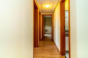 Comprar Apartamento / Padrão em Londrina R$ 420.000,00 - Foto 18