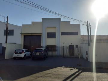 Alugar Comercial / Barracão em Londrina R$ 3.200,00 - Foto 1