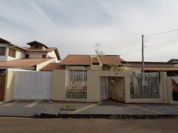 Alugar Casa / Sobrado em Londrina. apenas R$ 4.300,00