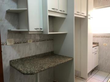 Alugar Apartamento / Padrão em Londrina R$ 1.290,00 - Foto 3