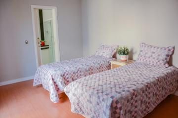 Alugar Casa / Condomínio Sobrado em Londrina R$ 11.400,00 - Foto 9
