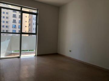 Alugar Apartamento / Padrão em Londrina R$ 800,00 - Foto 9