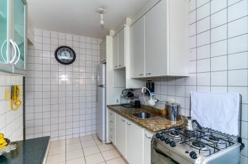 Comprar Apartamento / Padrão em Londrina R$ 290.000,00 - Foto 19
