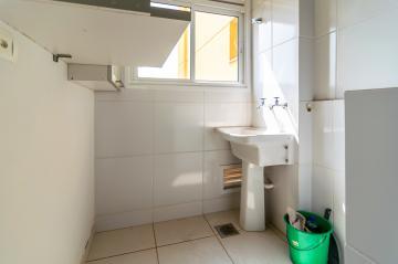Comprar Apartamento / Padrão em Londrina R$ 350.000,00 - Foto 31